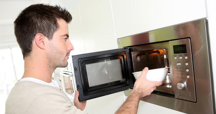 Microondas não destrói os nutrientes alimentares